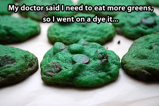 funny-doctor-green-cookies-vegetables